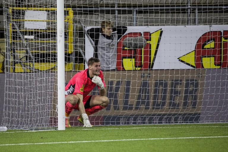 Besard Sabovic överlistade Tim Rönning och kvitterade till 2–2 med långskott från egen planhalva.