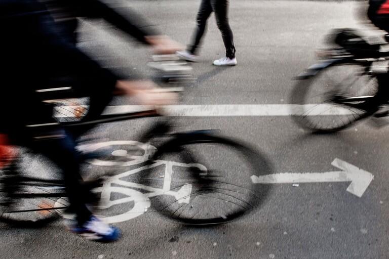 Trafik: Vägbula ska stoppa  trafikfarliga elever