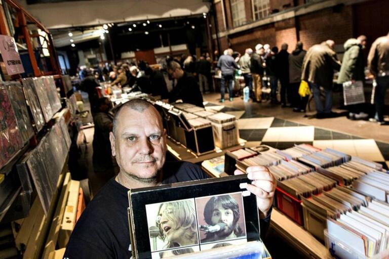 Marko Runne kommer på söndag packa upp sina skivor i Ulricehamn. Foto: Privat