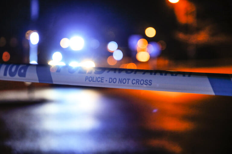 En man döms till tre års fängelse för att ha försökt att mörda sin vän med en yxa. Arkivbild.