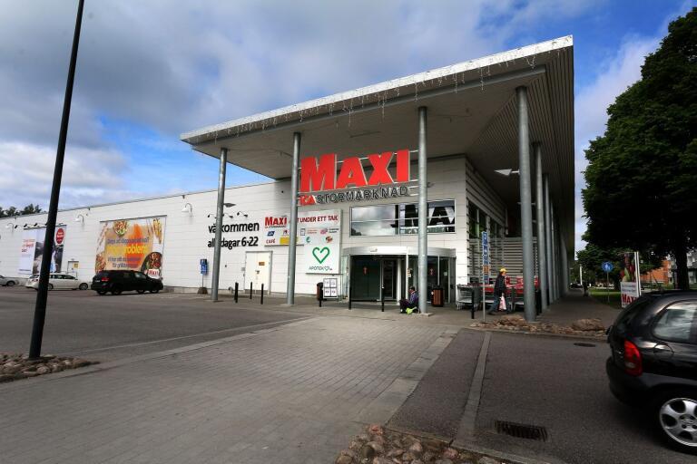 Försökte betala med falsk sedel på Maxi