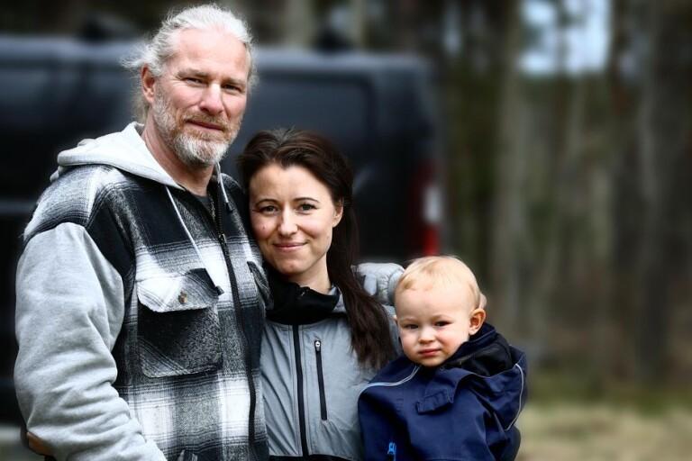 Tillbaka från coronamörkret - i karantän tillsammans med sin son