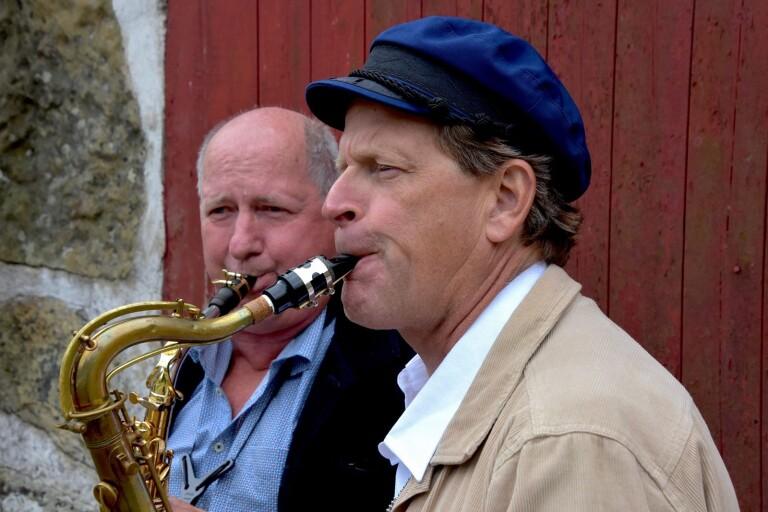 Musikaliskt kosläpp för spelsugna saxofonister