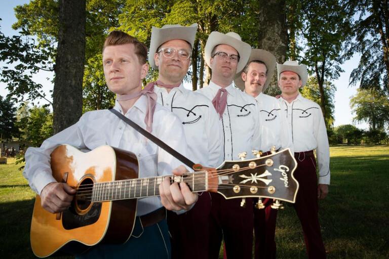 Country Side of Harmonica Sam, ett av banden som spelade på Solhällan i sommar.
