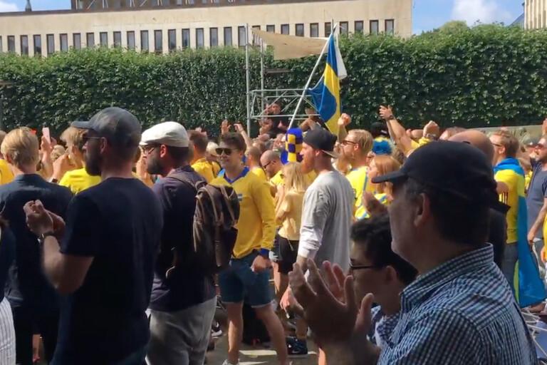 TV: Boråsarna tar i under nationalsången
