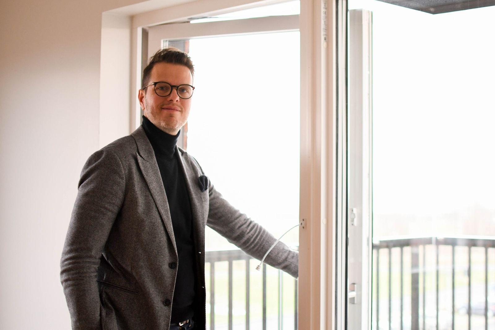 """""""De flesta som flyttar in i har bott i villa en längre tid och letat efter ett underhållsfritt, bekvämt boende"""" berättar David Hogell Sallhag, Sundprojekt."""