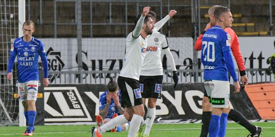 ÖSK:s Nahir Besara har precis gjort 4-0 under måndagens fotbollsmatch i allsvenskan mellan Örebro och Trelleborgs FF på Behrn Arena.