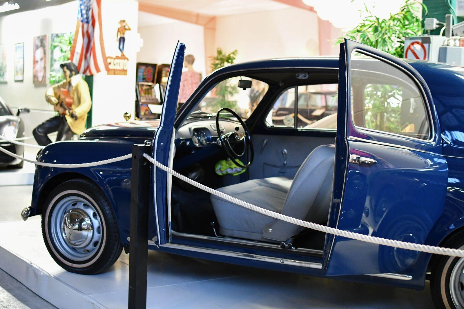 En annan nyhet för säsongen är den här Lancia Appian, serie 2 årsmodell -58, med självbärande kaross.