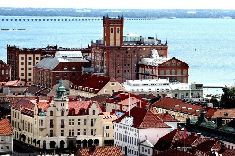 """""""Ett skönhetsråd behövs för att behålla Kalmar som den attraktiva staden dit folk vill flytta"""", skriver insändarskribenten."""