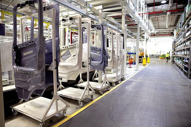 Vissa Scaniafabriker ska återuppta produktionen