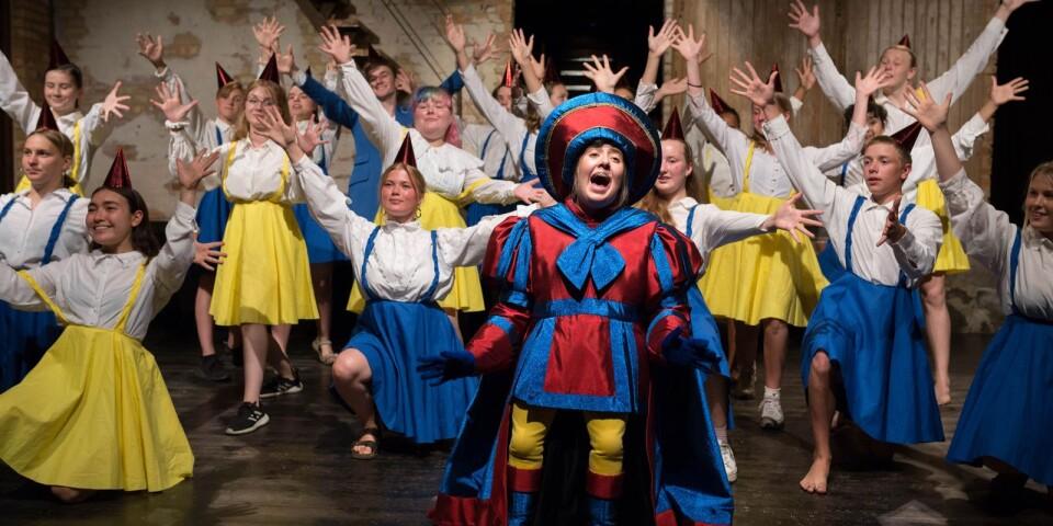 Arkivbild från förra årets uppsättning av Shrek - the musical med Scen Österlen.