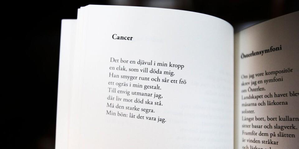 För fem år sedan drabbades Anders Andersson av cancer i vänster öra och tvingades operera bort det. I samband med sjukdomen skrev han dikten ovan.