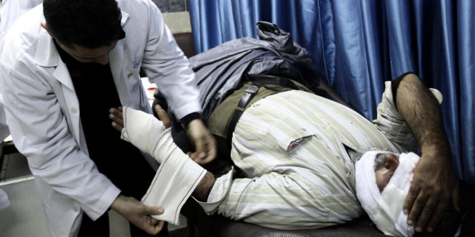 Hälso- och sjukvårdsarbetare har riskerat sina liv för att vårda civila i krigets Syrien. För det har flera gripits, torterats och fängslats, enligt en ny rapport.