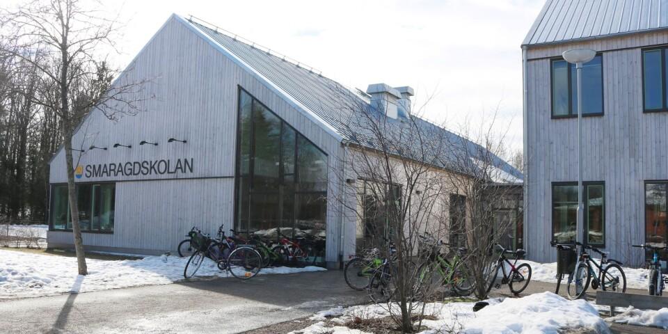 Smaragdskolan i Färjestaden kommer även i fortsättningen att inrymma årskurs 5 och 6. Därmed blir det inte möjligt för kommunen att starta en årskurs 7 i Färjestaden.