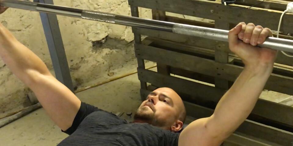 Bild från mini-dokumentären Kulstötaren från Hörby.