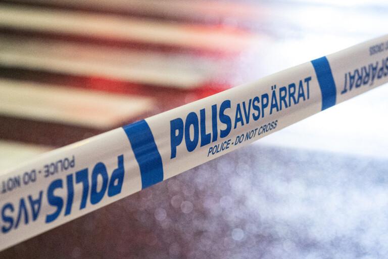 Två gripna efter tillslag i Stockholm