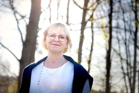 Isolering värre än covid-19 för äldre? – Dags att samhället tar den etiska diskussionen anser professor.
