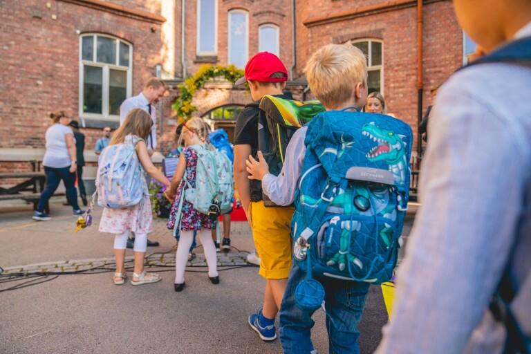 Orimligt att försvåra insyn i svensk skola