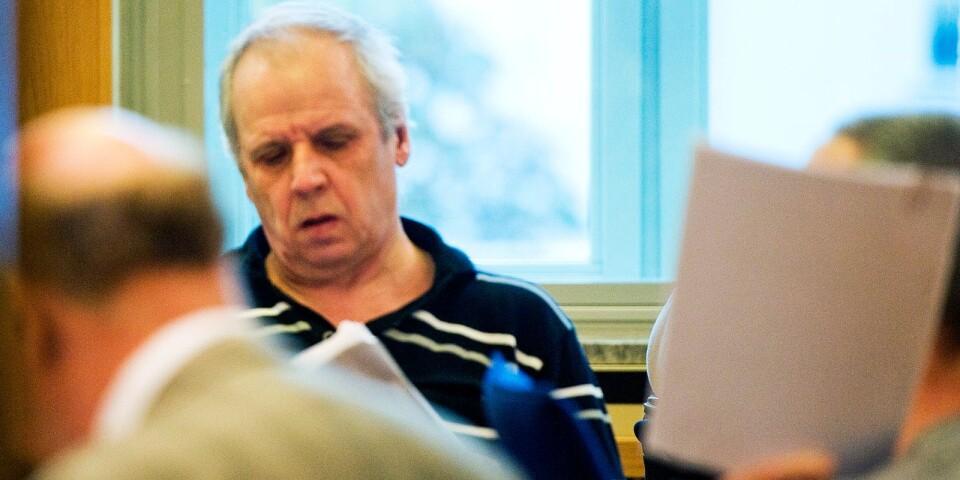 """Gubbligan inför rätta för bland anant rånet mot Sparbanken 1826 i Broby. Jan """"Nisse Pistol"""" Nilsson i säkerhetsalen på Tingsrätten i Malmö"""