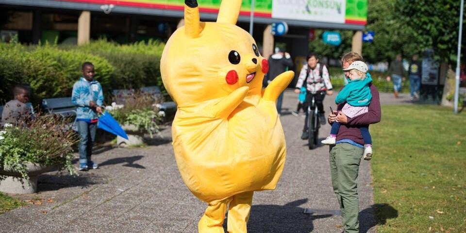 pikachu dräkt sverige