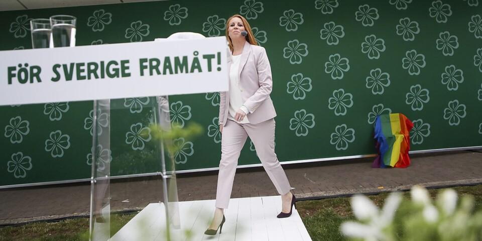 Centerledaren Annie Lööf vill vara samarbetsingenjören i politiken. På torsdagen var det hennes dag i Almedalen. Foto: Adam Ihse/TT