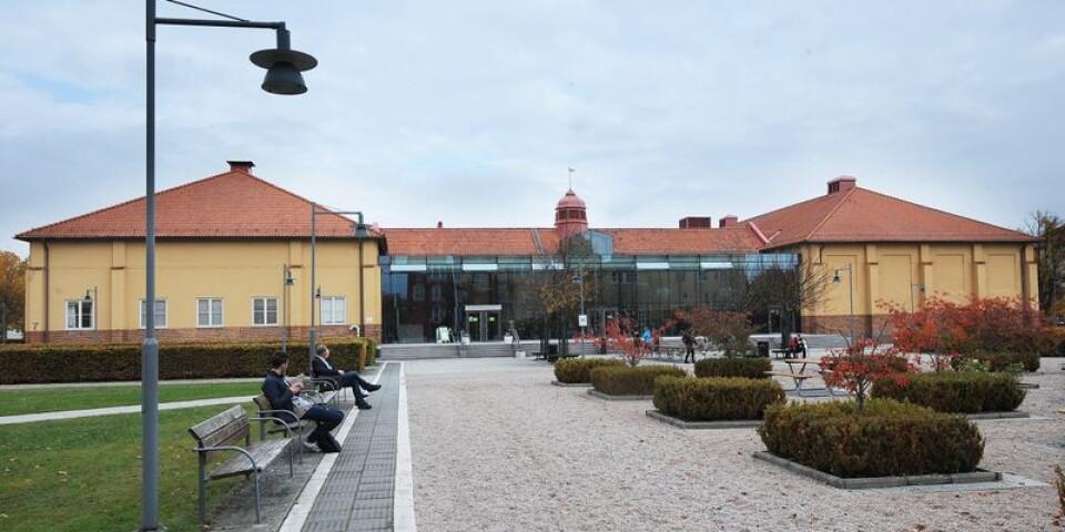 Högskolan Kristianstad blir säte för fem kommande lärare som garanteras arbete i Hässleholms kommun.