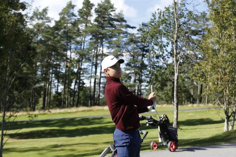 Golf: Wallin under par efter första rundan