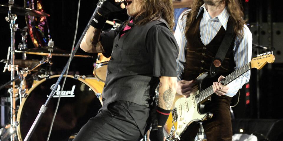 Gitarristen John Frusciante (till höger) återvänder till Red Hot Chili Peppers efter tio år. Arkivbild.