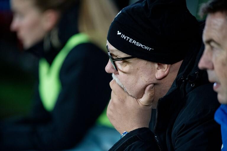 Mycket att fundera på för Växjö DFF-tränaren – smittrisken, säsongen och framtiden