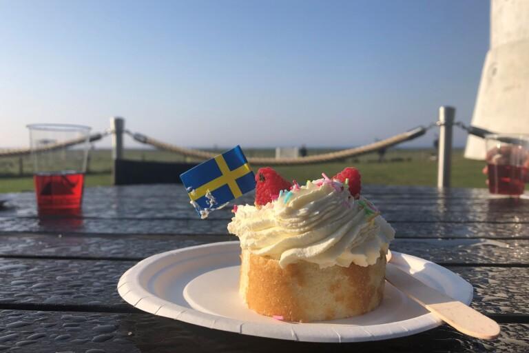 Miniguider firade världsarvet med tårta