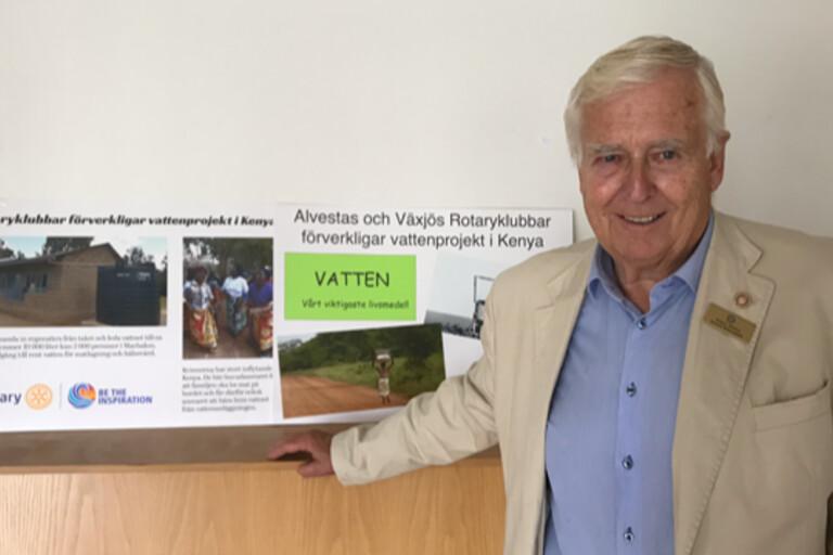 Han öppnar kranarna i Kenya – prisas nu