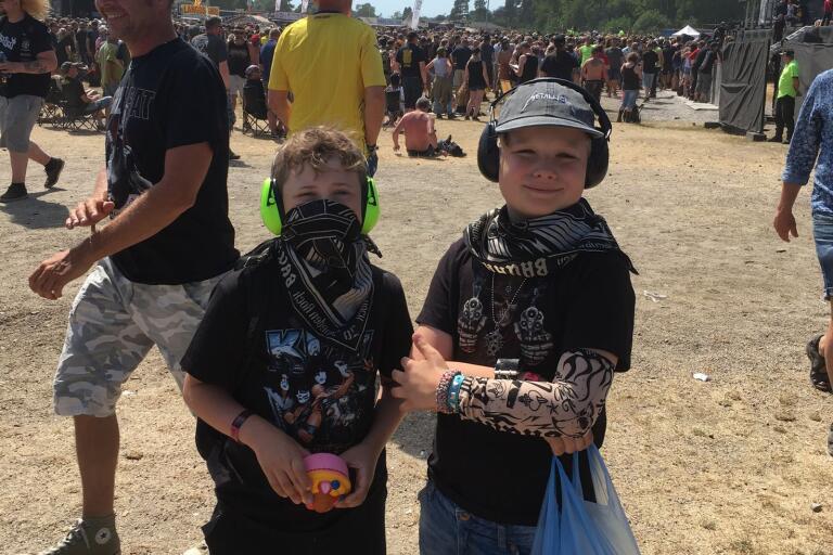 Nioåringarna Isak Schyllert och August Hylse från Ronneby börjar bli Sweden Rock-veteraner.
