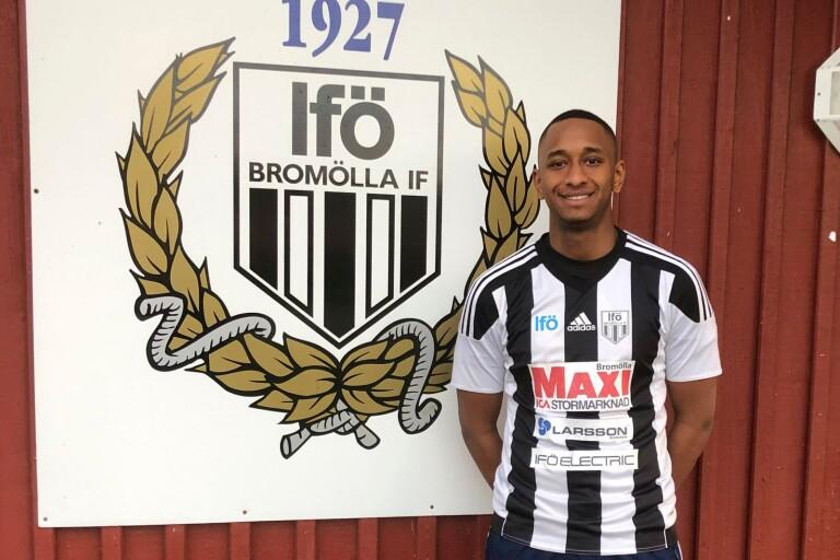 Mjällby lånar ut Omar Dampha till Bromölla över nästa säsong.