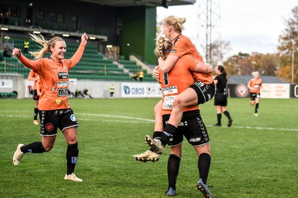KDFF vann över Vittsjö med 4-0 den 1 november. Den 15 november möter KDFF Linköping på hemmaplan.