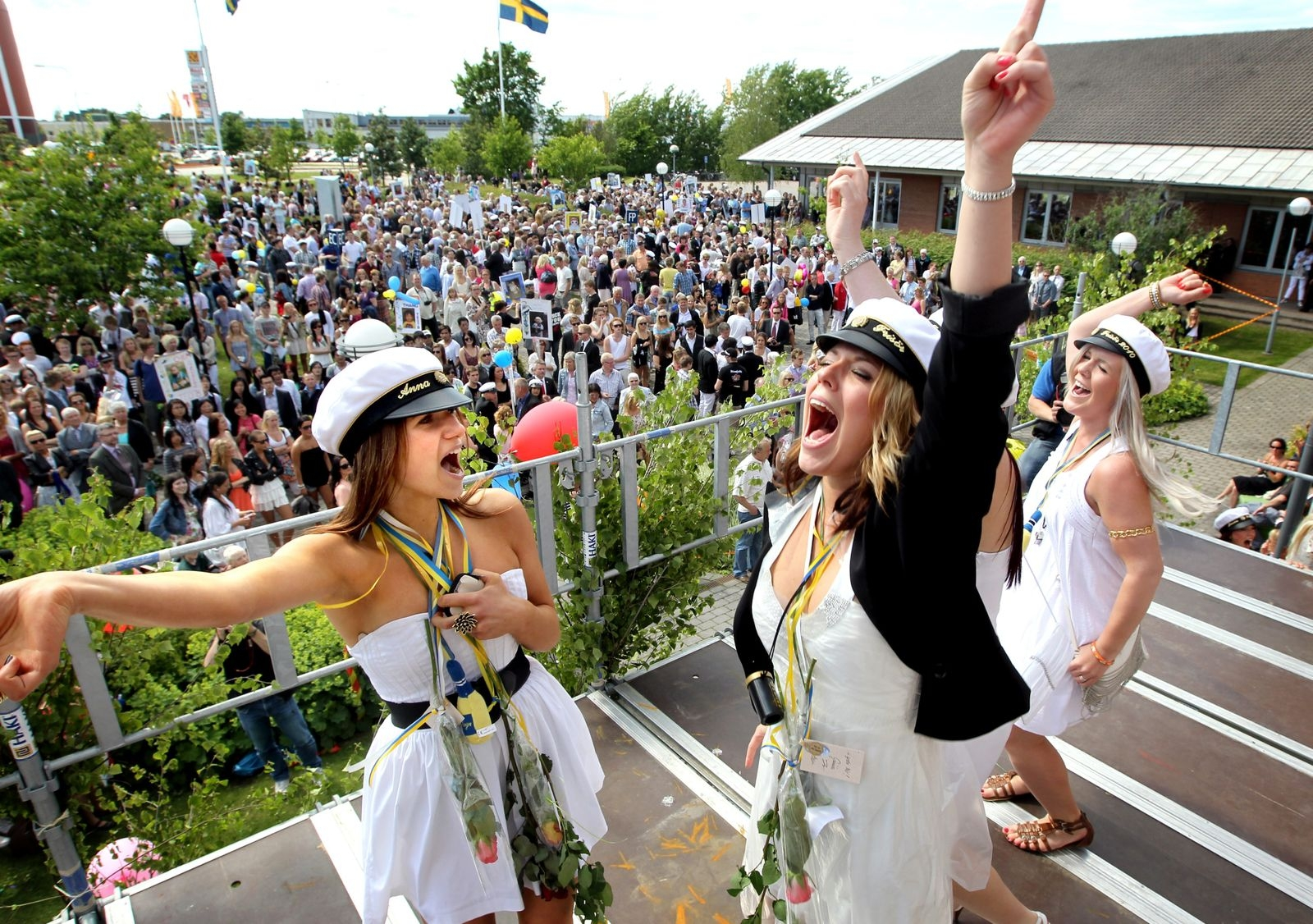 Studenterna jublar på Lars Kagg 2010.