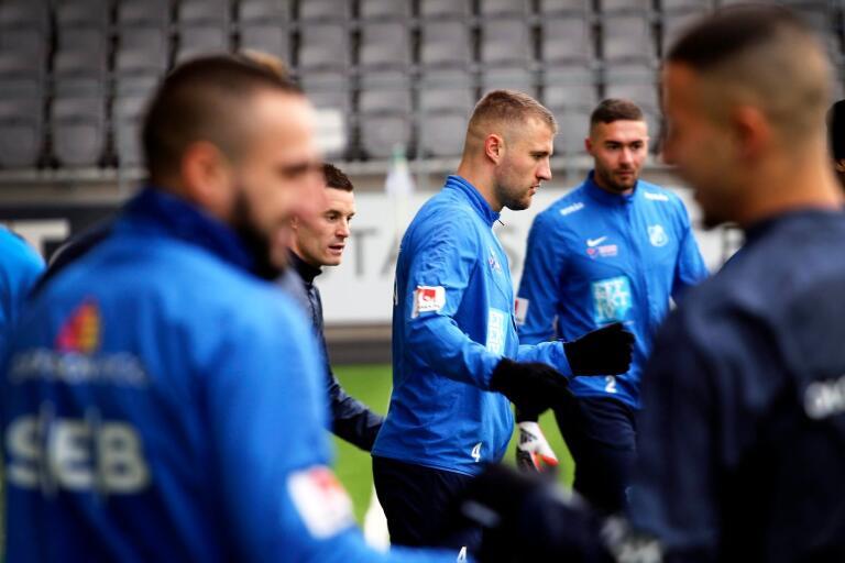 Medi Dresevic la skorna på hyllan efter säsongen - men i lördags provspelade han för AFC Eskilstuna.