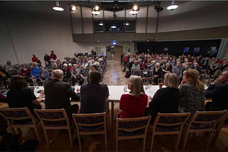 Vederslvs gamla kyrkogrd - Svenska kyrkan Vxj