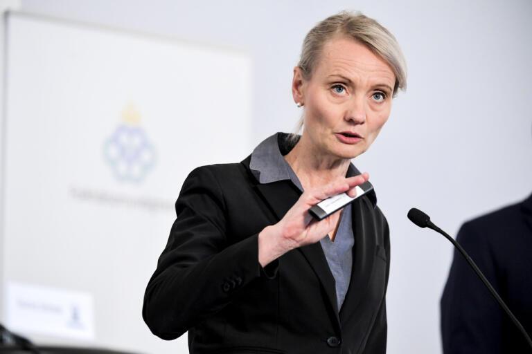 Karin Tegmark Wisell, avdelningschef på Folkhälsomyndigheten under den dagliga myndighetsgemensamma pressträffen om coronaviruset i Sverige.