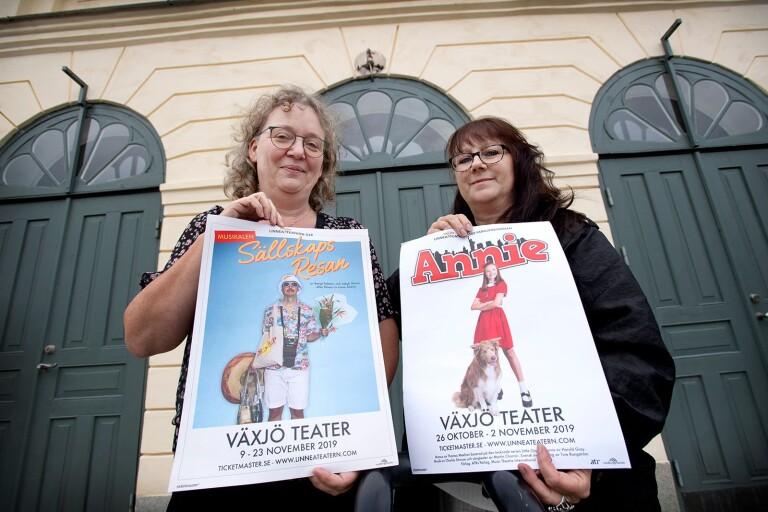 Cilla Lindblom och Eva Pettersson som sköter Linneateatern.