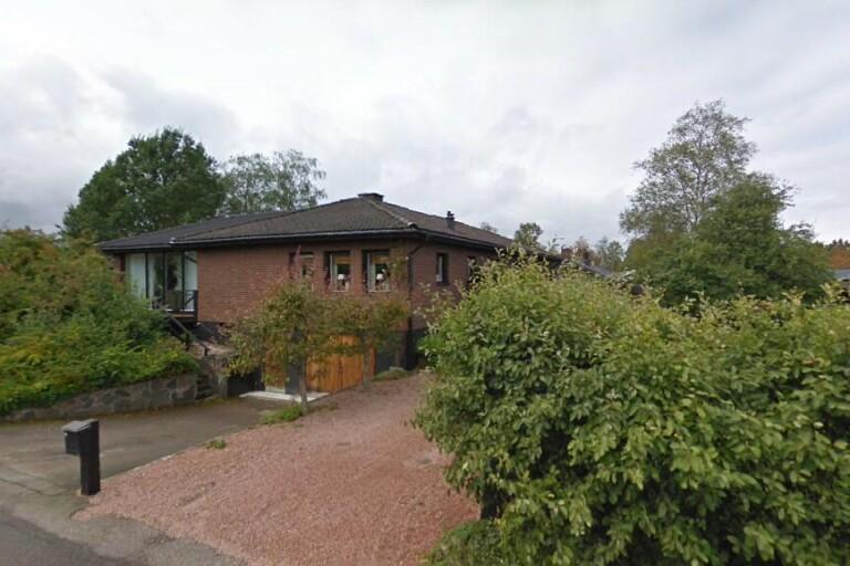 70-talshus på 148 kvadratmeter sålt i Dalsjöfors – priset: 3600000 kronor