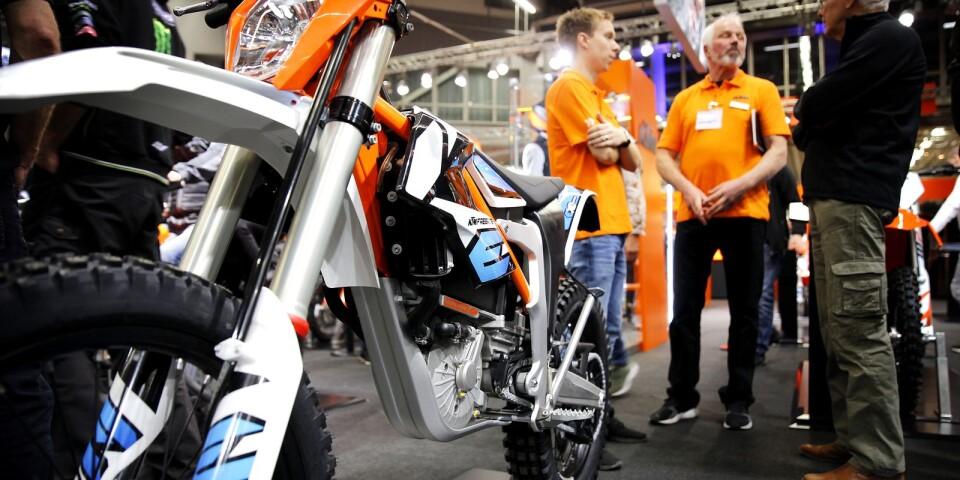 Österrikiska KTM är en tillverkare av crossmotorcyklar som drivs med el. Här en Freeride E-XC som leverera drygt 24 hästkrafter och enligt tillverkaren kan köras 105 minuter på en laddning.