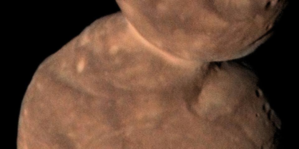 Arrokoth ser ut som en snögubbe. Men huvudet och kroppen är inte klotrunda, utan mer tillplattade. Arkivbild.