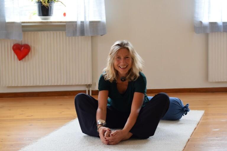 Brita har fött sex barn med hjälp av yoga