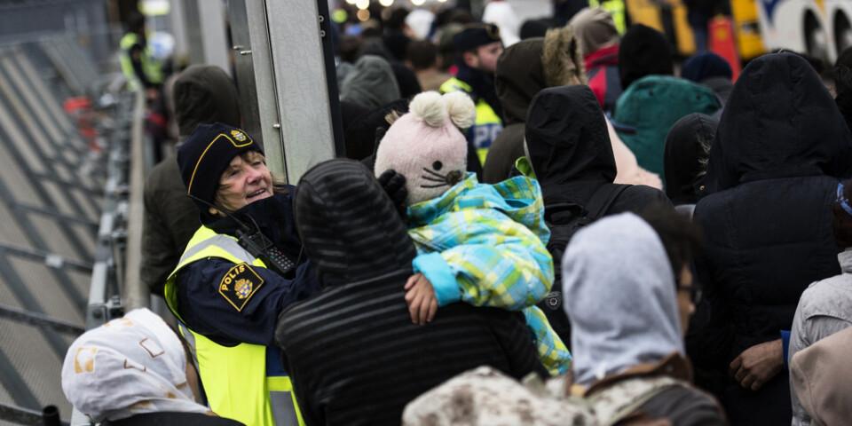 Asylsökande på Hyllie station i Malmö under flyktingkrisen hösten 2015. Arkivbild.