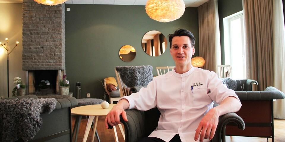 Christofer Johansson, vd på Hotell Borgholm, är väldigt nöjd med att äntligen vara igång.