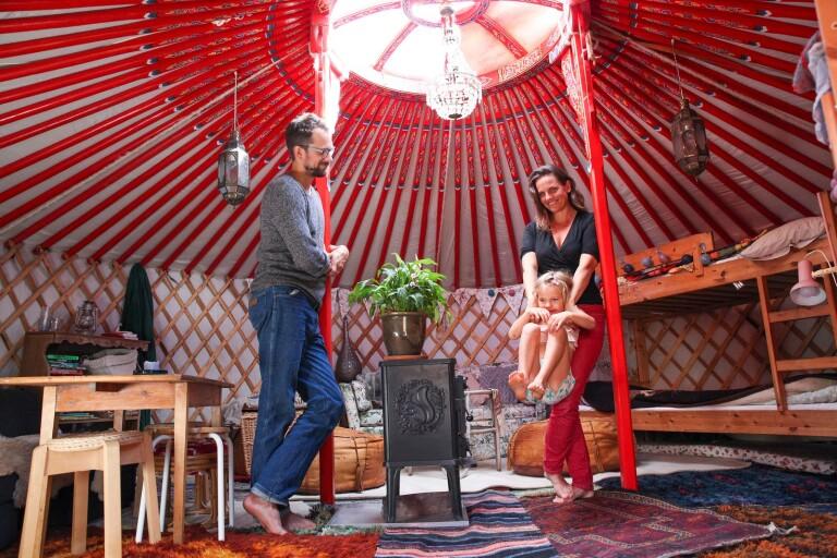 Familjen Rosenblad bor i en jurta och älskar det