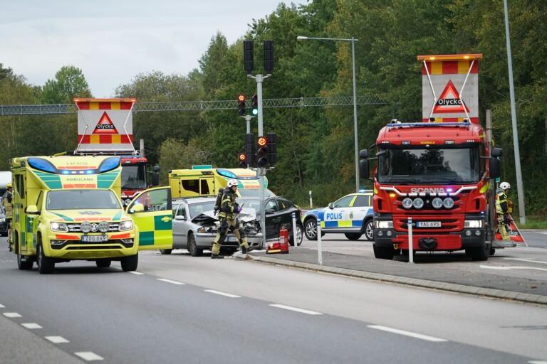 Växjö: Två bilar i kollision på riksväg 23