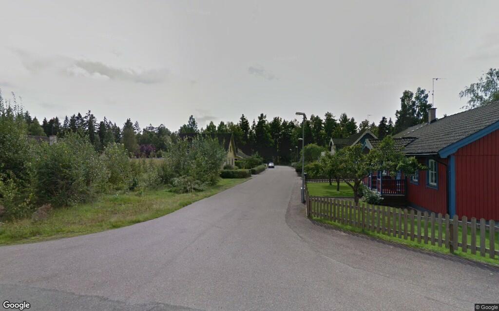 Ny ägare till fastigheten på Karossvägen 1 i Nybro – 1200000 kronor blev priset