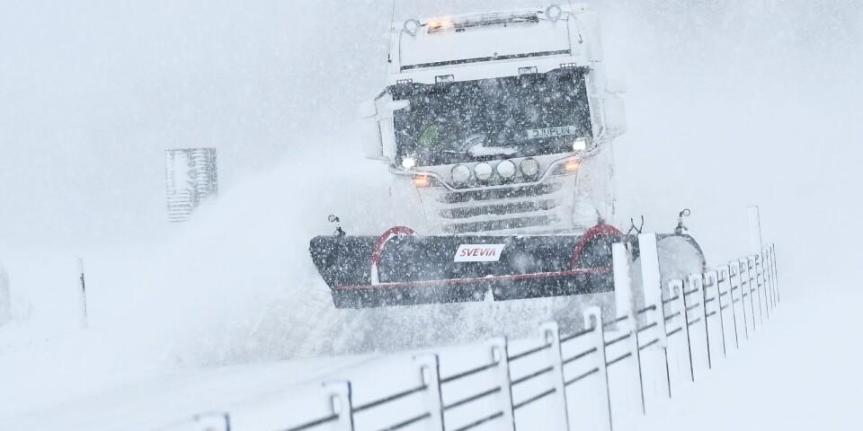 Under fredagen rör sig ett sammanhängande snöfall in över Skåne, enligt SMHI.