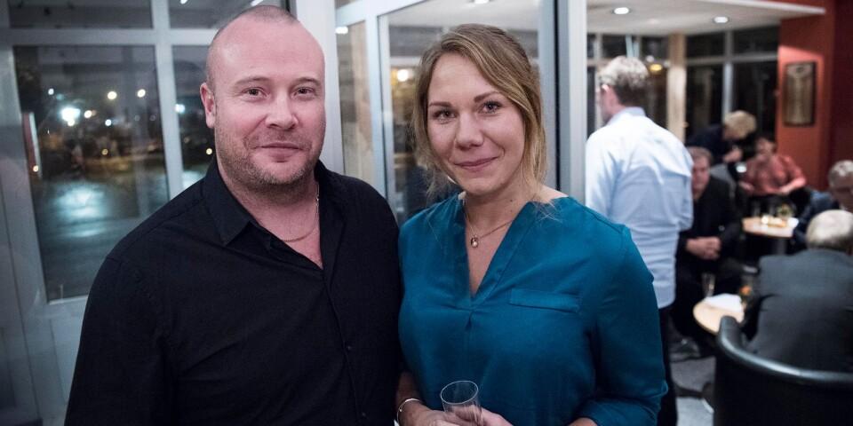 Upplygglig verksamhet. Årets nyföretagare Andreas Norell här med hustrun Madelene. För två år sedan startade han Sweden Demolition i Väckelsång, som är inriktat på att riva byggnader.